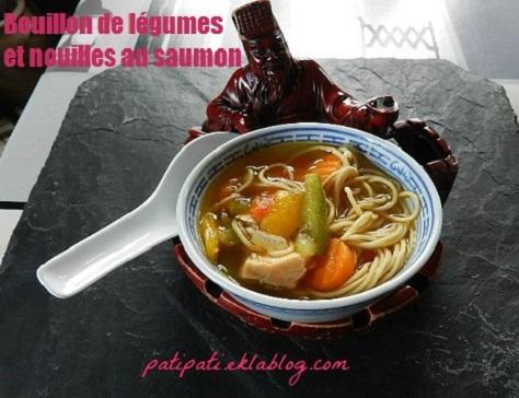 Bouillon de legumes et de nouilles au saumon