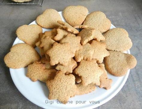 Coeurs etoiles en pain d epices au compact cook pro