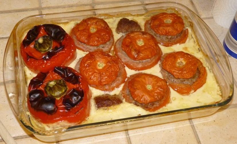 Duo de tomates et poivrons farcis aux tagliatelli