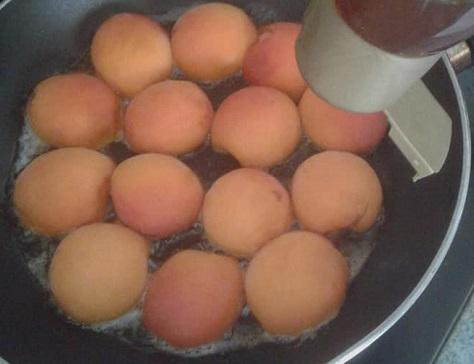 Gateau aux abricots a la poele 2