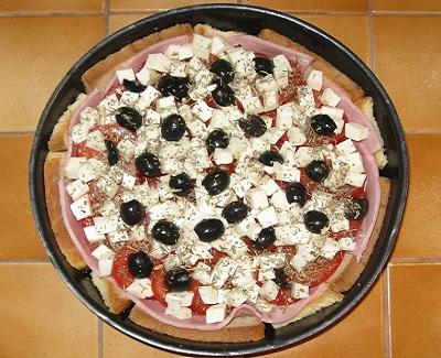Gateau de pain de mie facon pizza 2