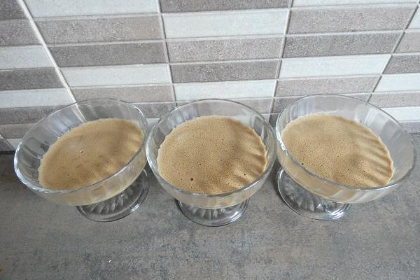 Iles flottantes au cafe avec le compact cook pro 2