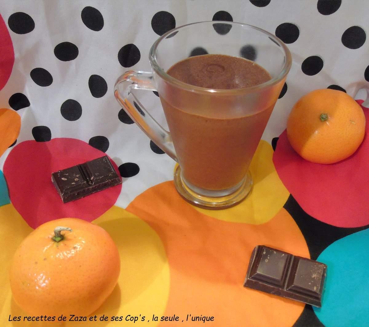 Mousse au chocolat noir à la clémentine