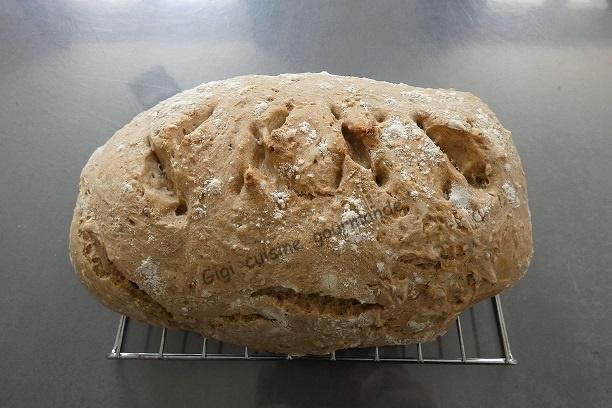 Pain aux cereales au compact cook pro et cake factory 1