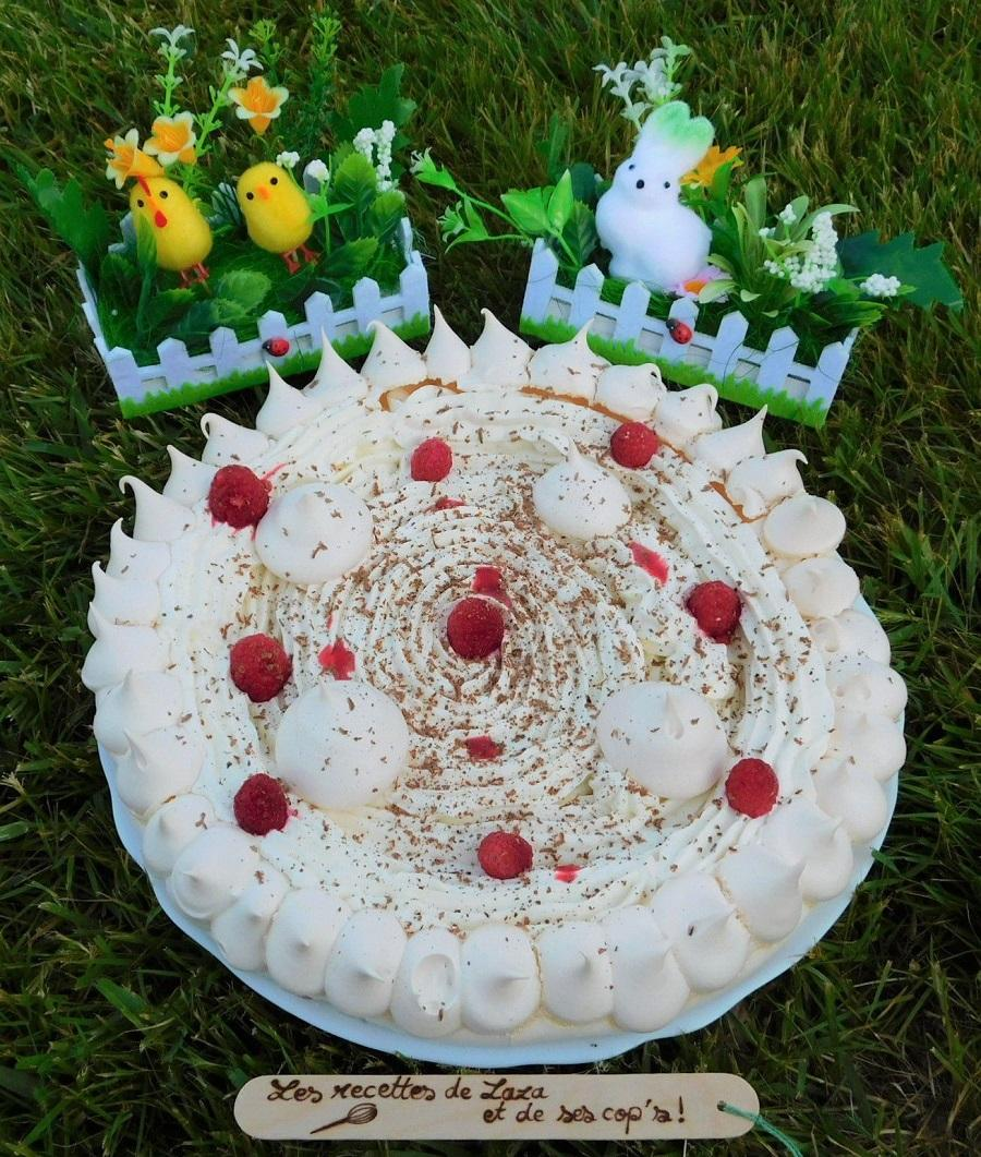 Pavlova aux framboises du jardin et chantilly vanillee