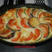 Plat aux legumes gratines a la mozzarella