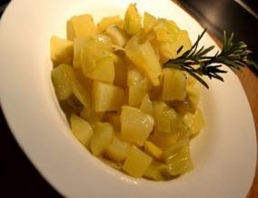 Poireaux et pommes de terre compotes au romarin