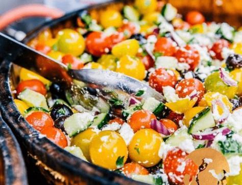 Salade greco provencale au lait de chamelle
