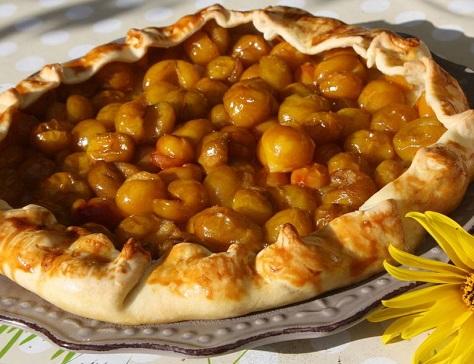 Tarte rustique aux mirabelles et au miel