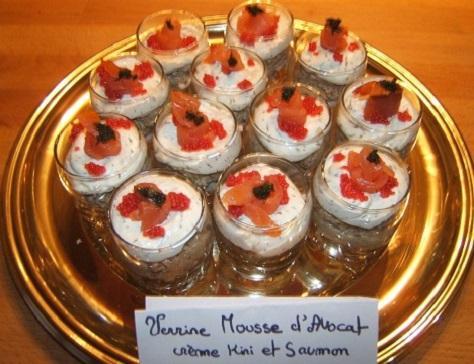 Verrines a la mousse d avocat creme de kiri et saumon